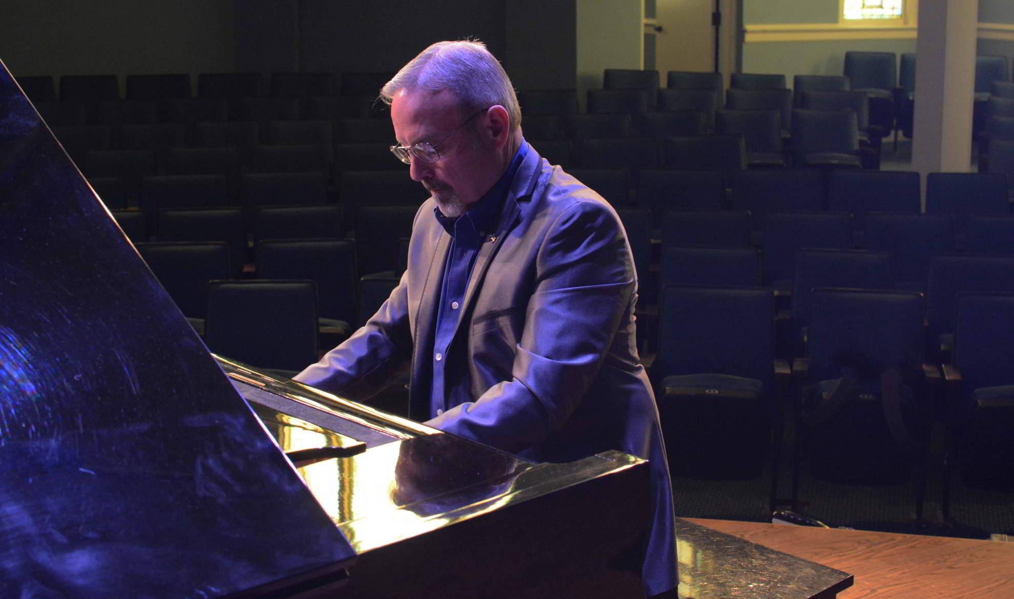 Ricky Sharpe at piano